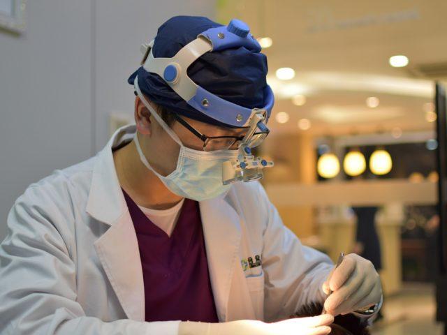 Dr. Jaoun Hoi